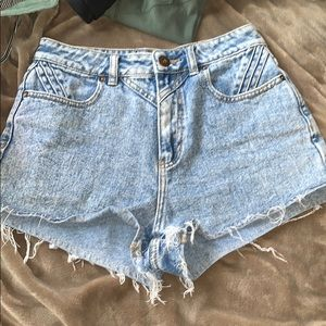 bullhead denim co mom shorts size 5 women's